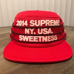 SUPREME Red sweetness pillbox SnapBack cap